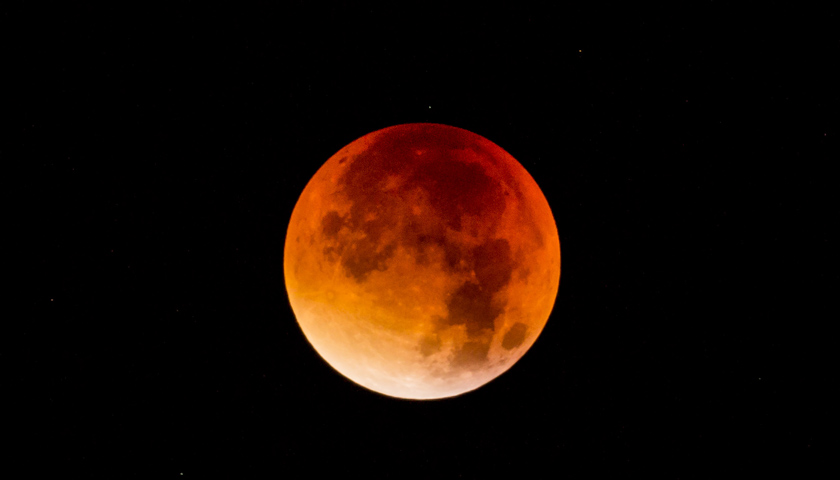 Fenomena Super Blue Blood Moon Terjadi Seiring Gerhana Bulan