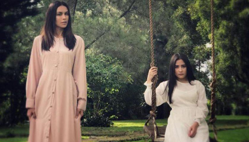Film Horor Danur 2  Adu Sophia Latjuba dan Prilly Latuconsina
