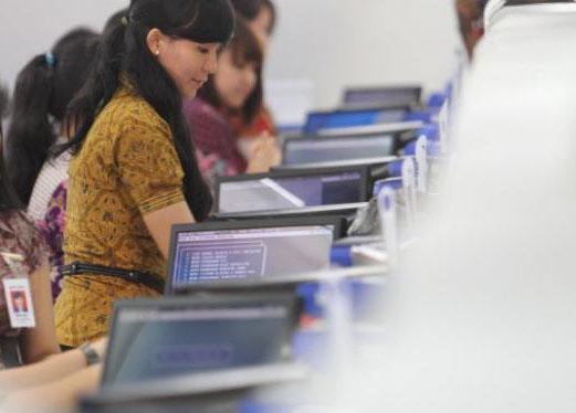 Gaji Pegawai Indomaret Kalahkan Bank, Gubernur BI No Comment