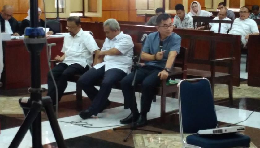 """Terungkap!! OK Arya Dan Helman Herdady """"Goreng"""" Calon Pemenang Proyek di Cafe Dan Hotel di Medan"""