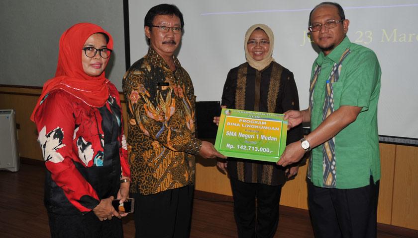 PTPN III Salurkan 2,3 Miliar Bantuan Bina Lingkungan