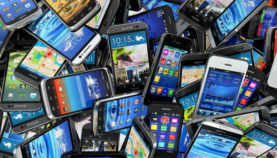 Simpan Belasan Ribu Bakteri, Smartphone Bisa Membunuh Otak