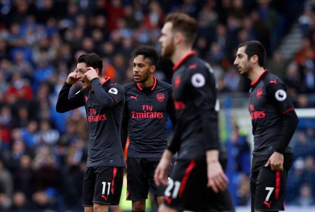 The Gunners Menyerah Kalah dari Brighton & Hove Albion