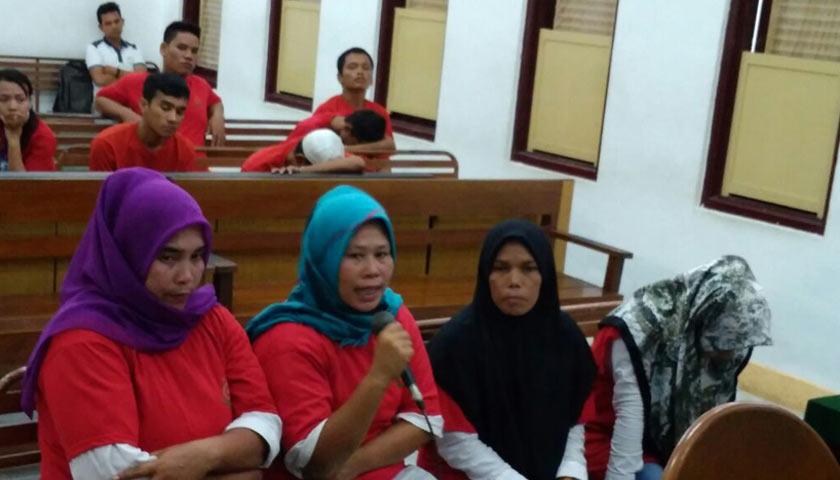 Empat Wanita Asal Aceh Diadili Gegara Sandal