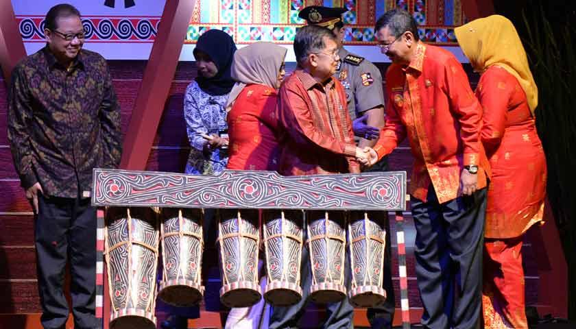 "Mengusung Tema ""The Loftiness of North Sumatera"", Wapres Jusuf Kalla Membuka Inacraft 2018"