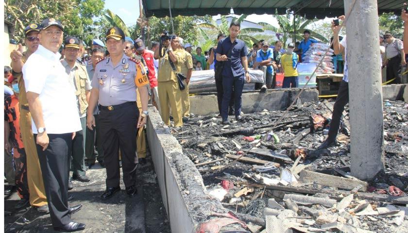 Wali Kota Medan Tinjau Warga Korban Kebakaran Di Bagan Deli