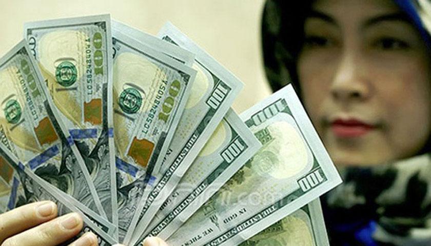Hasil Obligasi Meningkat, Dolar AS Sedikit Melemah