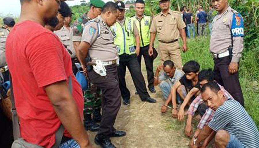 Gerebek Kampung Narkoba, Empat Pecandu Terjaring Razia Saat Sedot Sabu