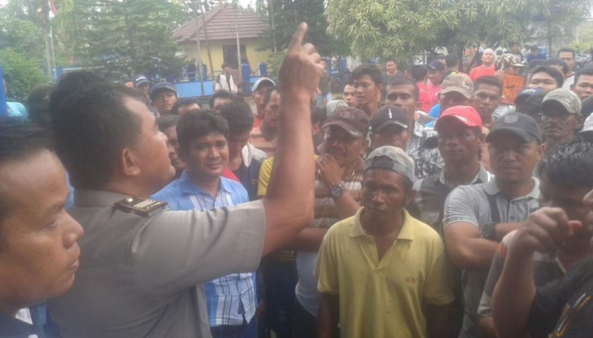 Nelayan Belawan Demo PSDKP, Minta Kejelasan Zona Tangkap