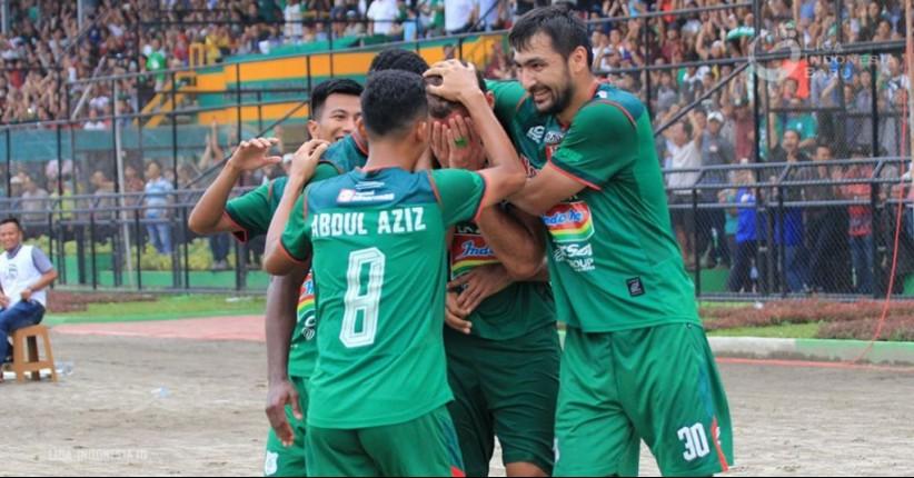 Liga 1 Indonesia, PSMS Medan Libas Persija 3-1