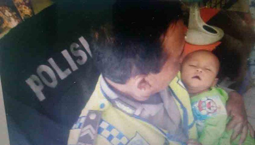 Ibu Super Tega di Sunggal, Tinggalkan Bayinya di Emperan Halte Bis