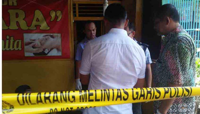 Tewas Bugil, Janda Tukang Pijat Dibunuh Pelanggan?