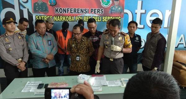 Nekat..!!! Dua Warga Aceh Selundupkan Sabu 1,5 Kg di Kualanamu