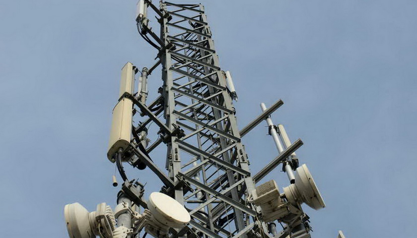 Menkominfo Jamin Jaringan Telekomunikasi Arus Balik Aman