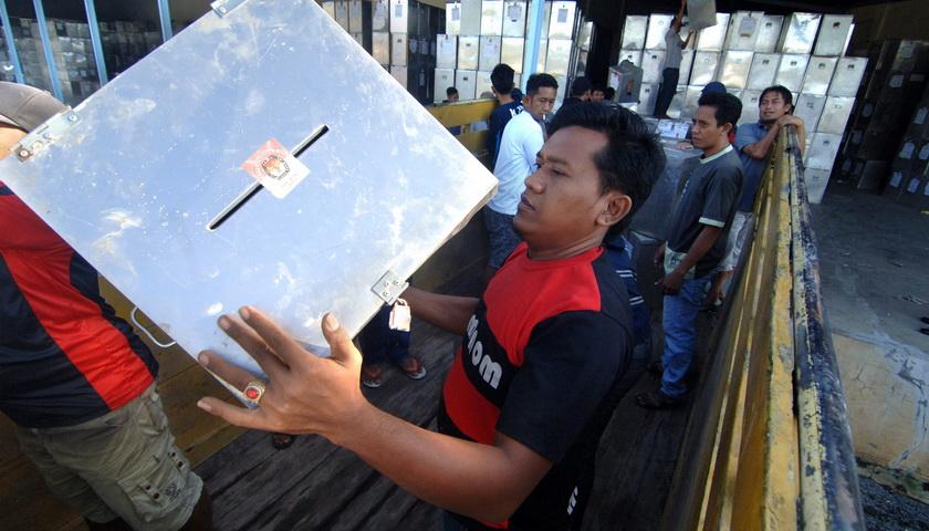 Libur Nasional untuk Pilkada Rp15 Triliun
