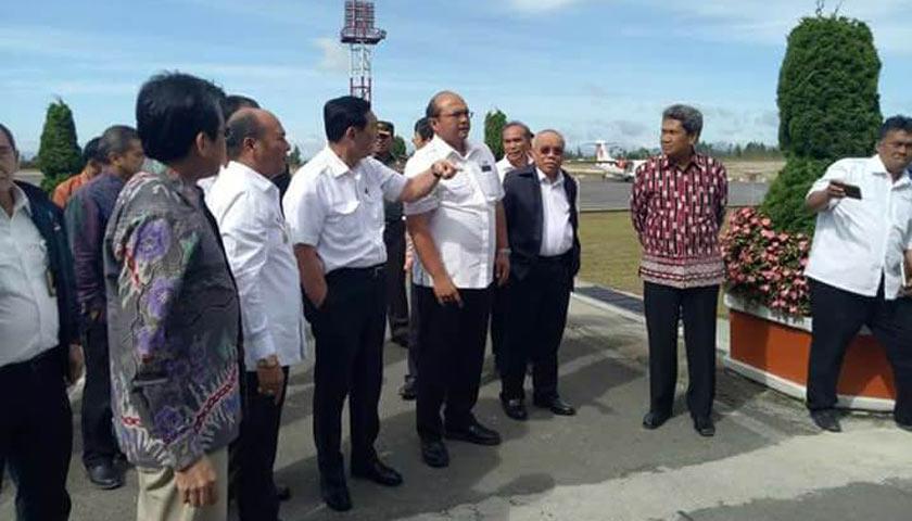 Bupati Taput Rakor Bersama Menko Maritim Bahas Pariwisata Danau Toba Bandara Silangit dan Bandara Sibisa
