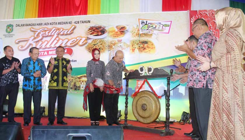 Wali Kota Buka Festival Kuliner Kota Medan