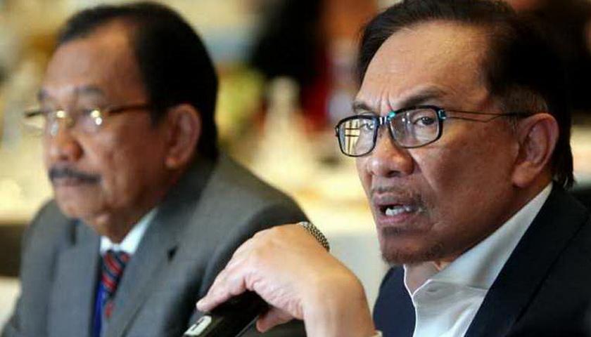 Kisah Rujuknya Anwar Ibrahim dengan Mahathir