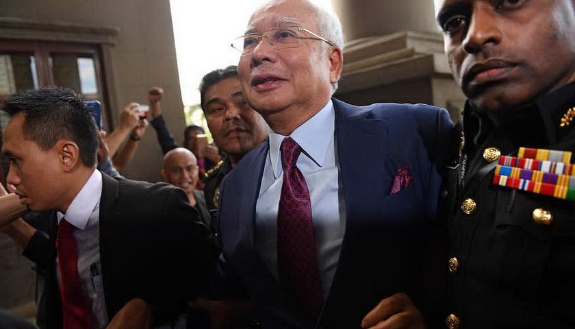 Najib Razak Didakwa Terima Suap dan Salahgunakan Dana