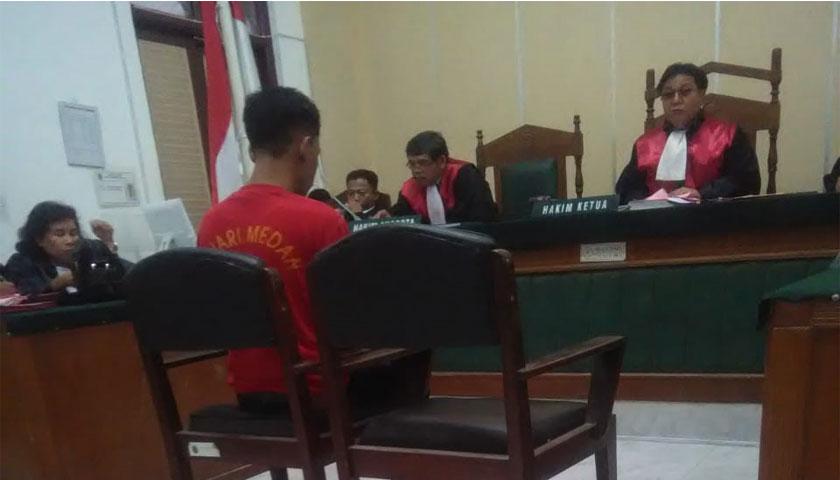 Ketua Majelis Hakim Vonis Pengedar 2 Ons Sabu 8,8 Tahun Penjara