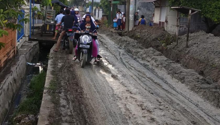 Pengorekan Drainase Asal Jadi, Anggota DPRD Medan Kesal