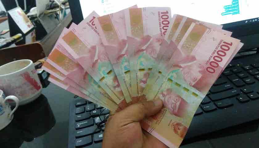 Rupiah Terus Melemah, Diprediksi Tembus Rp 15.000 per Dolar AS ?
