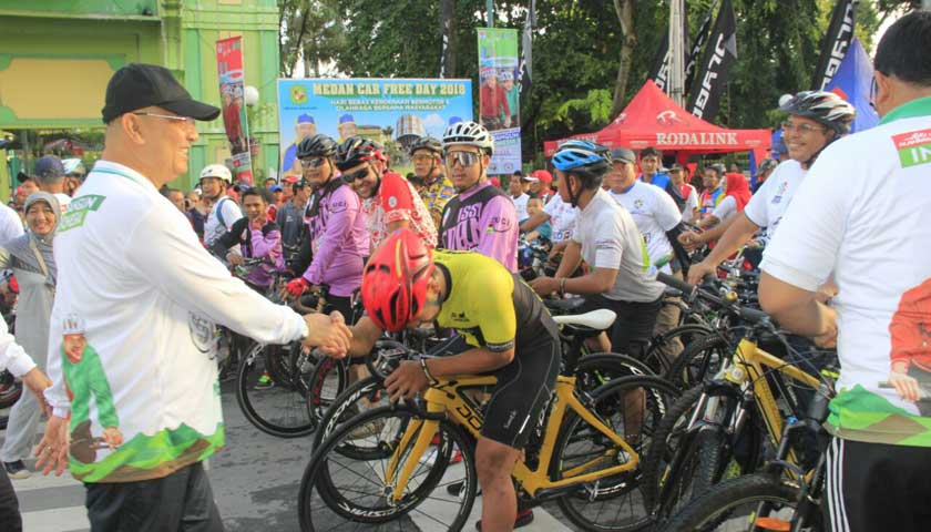Wali Kota Lepas 2000 Peserta Sepeda Nusantara 2018