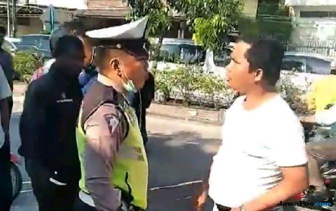 Bripka Hasugian Tilang Pengendara, HT Polisi Malah Dirampas, Viral di Facebook