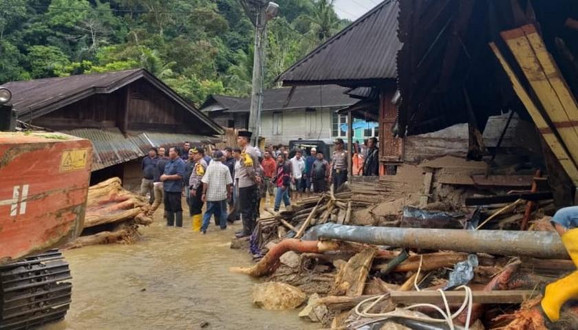 DPRDSU Dapil 7 Diinstruksikan Turun ke Lokasi Banjir Bandang