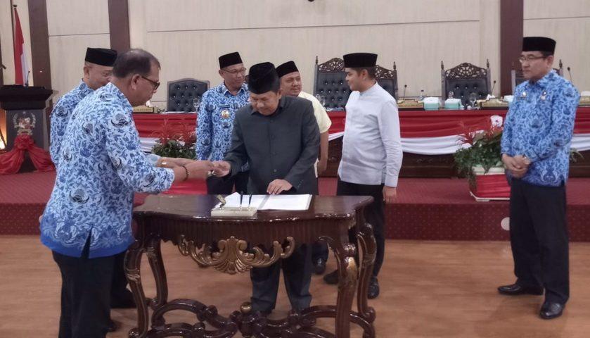 DPRD Medan Sahkan LPj Walikota Medan, F-PAN Menolak