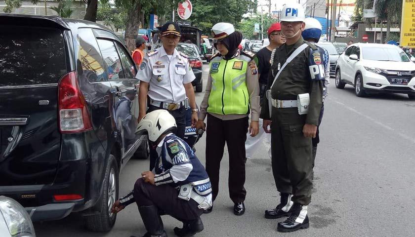 Parkir Sembarang, Tim Gabungan Gembosi 124 Unit Kendaraan