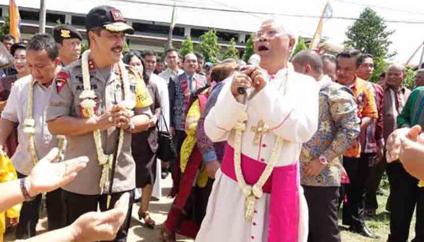 Uskup Agung Medan, Kapolda Sumut dan Bupati Tapanuli Tengah Bertemu di Pesparani Tapteng 2018