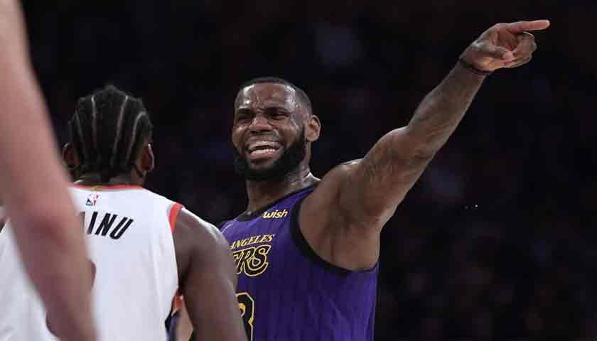 LeBron James Cetak Rekor Bersejarah NBA