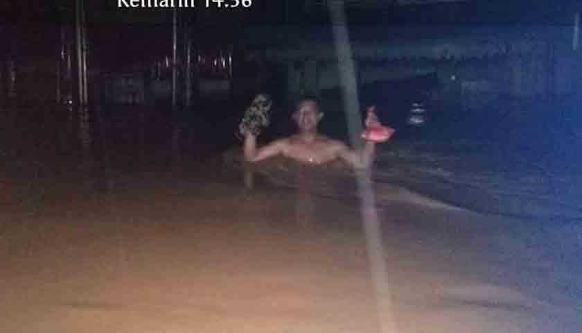 Longsor di Madina terendam banjir