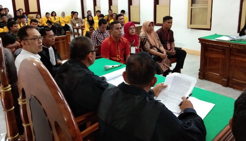 Suap Retribusi Pajak Ayam Penyet Ria: Hakim Tegur Saksi BPPRD Medan