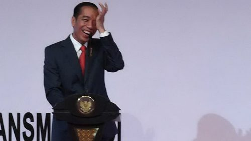 Jokowi Yakin Pemuda tak Takut Politik Genderuwo