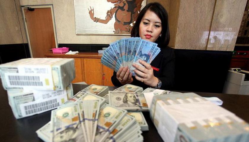 Rupiah Menguat 3,75% Terhadap Dolar AS Dalam 4 Hari