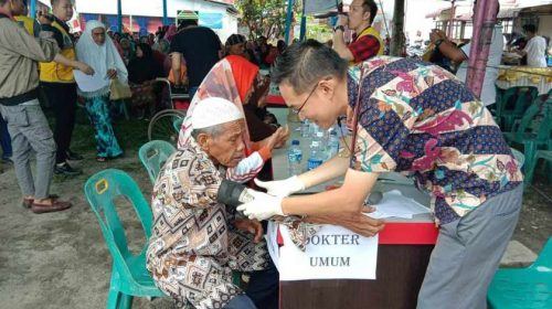 Lions Club Golden Estate Gelar Pengobatan Gratis