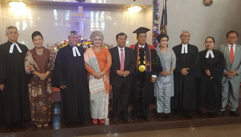 Dr Haposan Siallagan SH MH Dilantik Jadi Rektor UHN Medan