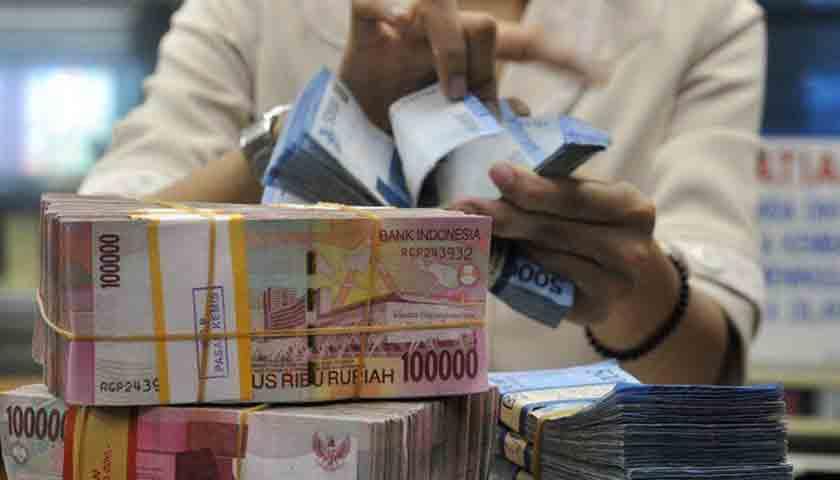 Rupiah Dipengaruhi Sentimen, Diprediksi Rp 14.155 per Dolar AS