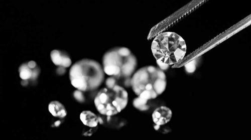 Wow! Pria Ini Telan Cincin Berlian Seharga Rp 562 Juta