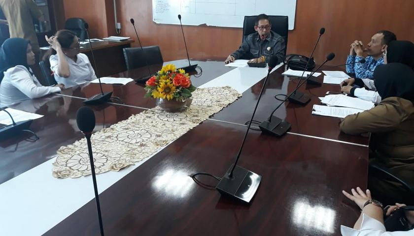 Setahun Jasa Medis Tertunggak, Pegawai RSU Pirngadi Curhat ke DPRD Medan