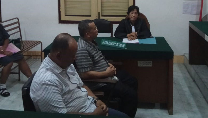 Mantan Bupati Tapteng dan Rekannya Dituntut 3 Tahun Penjara