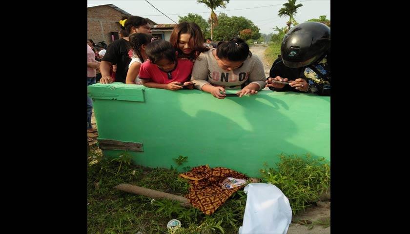 Warga Hamparan Perak Heboh, Mayat Bayi Umur Sepekan Tergeletak di Pemakaman