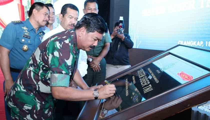 Panglima TNI: Satsiber TNI Lindungi Infrastruktur Kritis TNI