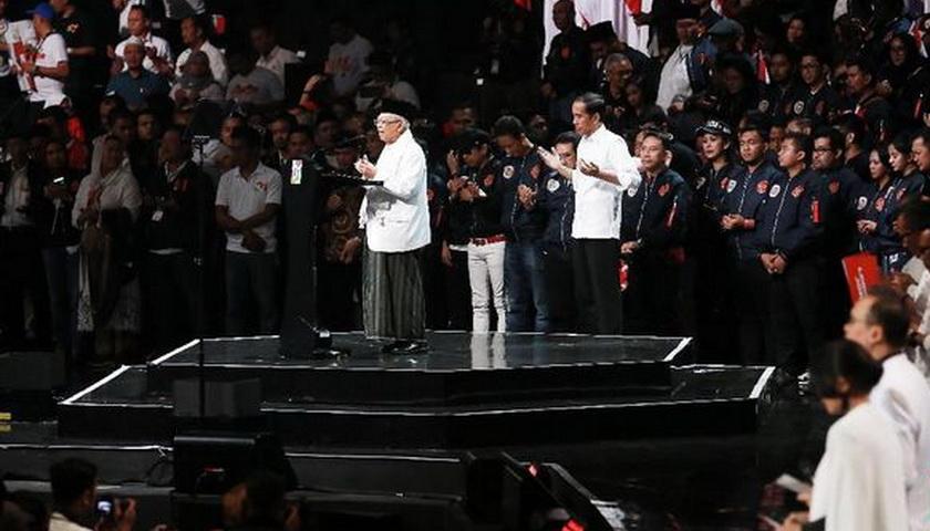Tinggalkan Debat, Jokowi Hanya Antar Ma'ruf ke Panggung