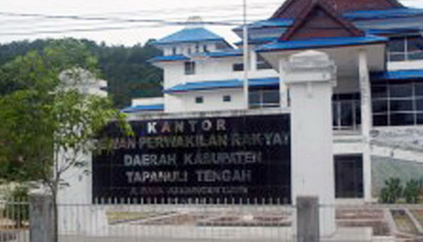 4 Anggota DPRD Tapteng Tersangka Perjalanan Dinas Diduga Fiktif 'Diinapkan' di Rutan