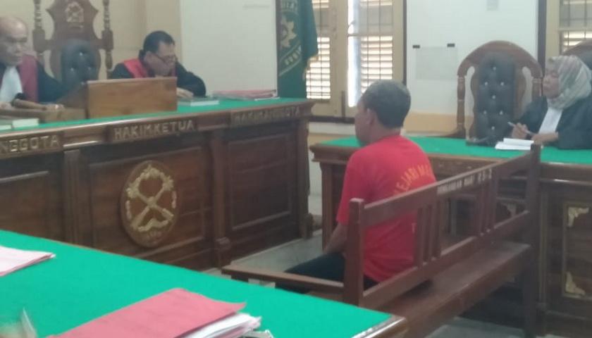 Terdakwa Oknum Polisi: Saya nggak Janji tak 'Bertumbuk' Pak Hakim