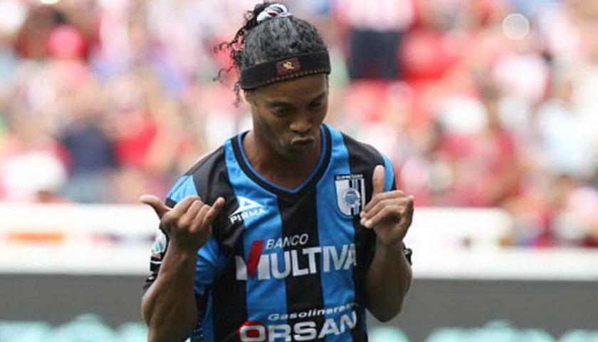 Ronaldinho Terancam Batal Sambangi Indonesia