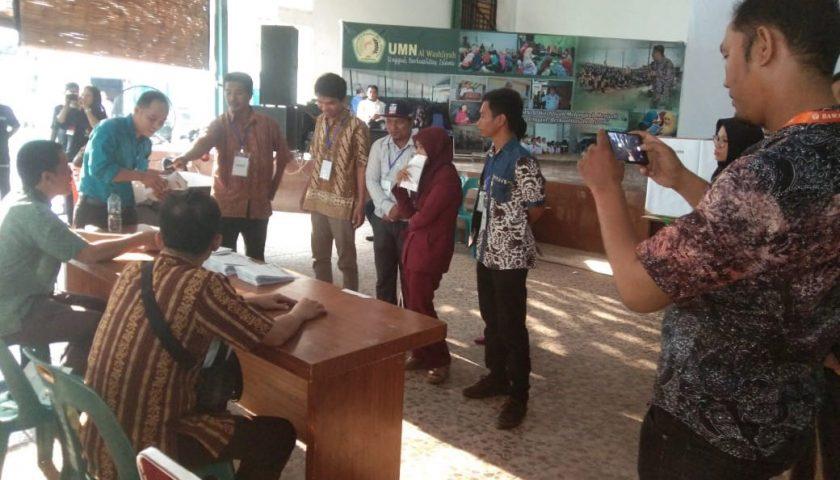 Bimtek Pengawas TPS se-Kecamatan Medan Amplas Lakukan Simulasi Pemilu